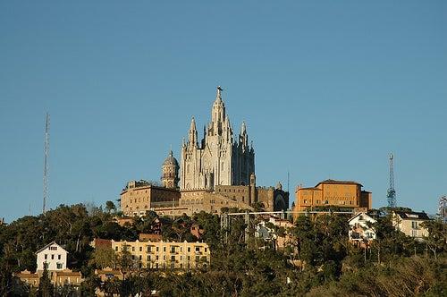 La Montaña de Tibidabo en Barcelona, un lugar de mucha diversión