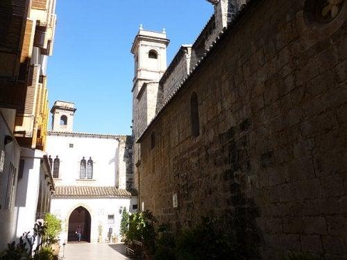 La calle del Trinquete de los Caballeros de Valencia, una calle con mucha historia