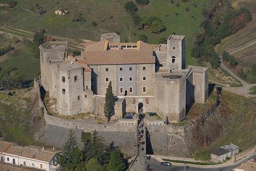 El Castillo de Melfi, uno de los castillos medievales más importantes de Italia