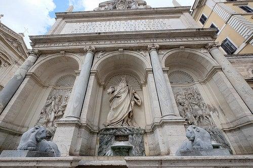 Descubre la espectacular fuente de Moisés en la bella ciudad de Roma