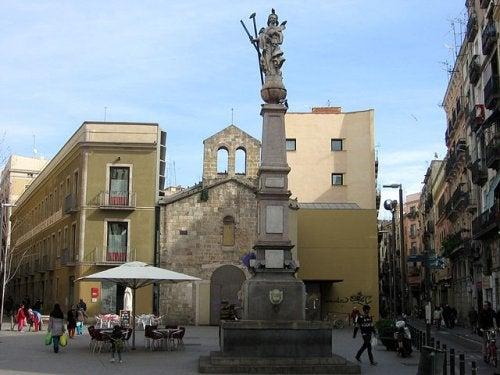 La Fuente de Santa Eulalia, el monumento más antiguo de Barcelona