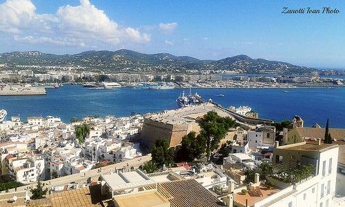 Descubre Dalt Vila, el espectacular barrio histórico de Ibiza