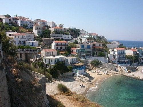 Descubre Icaria en Grecia, una isla llena de vida y bienestar