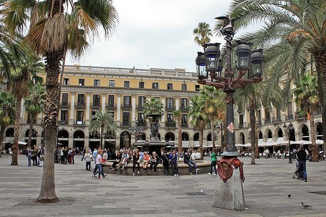 plaza-real-de-barcelona-3
