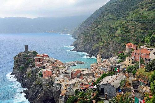 cinque-terre-en-la-riviera-italiana