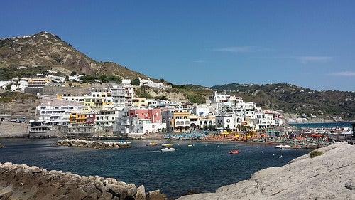 Isquia, disfruta esta isla de Italia