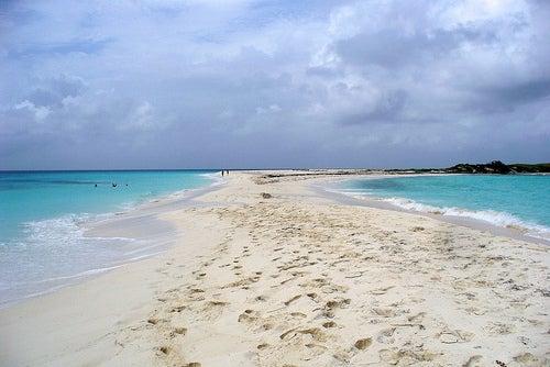 Relájate unos días en las mejores playas del Caribe