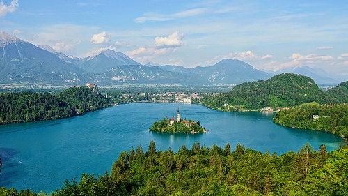 7 lagos de Europa para deleitar los sentidos