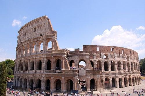 8 de los monumentos más antiguos de Europa